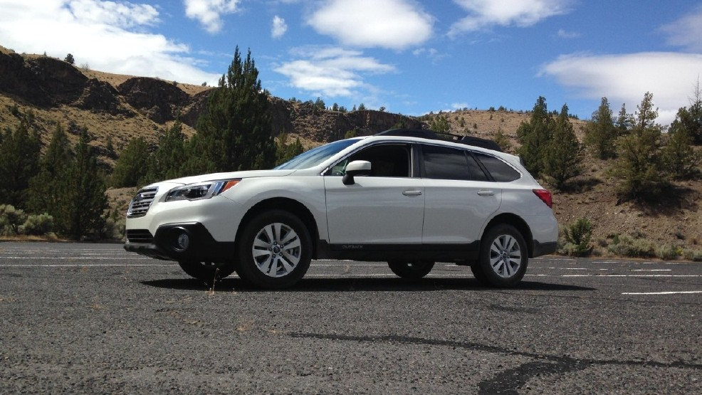 2015 Subaru Outback first look: Rugged elegance goes from